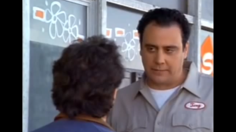 """Brad Garrett<strong> </strong>played a crazy auto mechanic named Tony who steals Jerry's car. When Tony wants to make too many updates to the car, Jerry asks for it back so he can go to another mechanic. Tony says he'll bring the car out front and instead drives away with it.  Four months after his gig on """"Seinfeld,"""" Garrett starred as Robert Barone on """"Everybody Loves Raymond."""""""