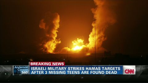 exp ac sot wedeman israel launches airstrikes in gaza_00001021.jpg
