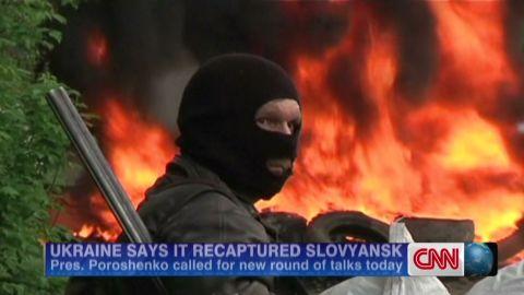 cnni paton ukraine flag slovyansk_00010810.jpg