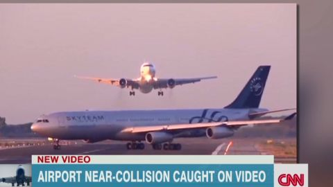 Aviation analyst Miles O'Brien says the planes were about half a mile apart at the time of the incident.