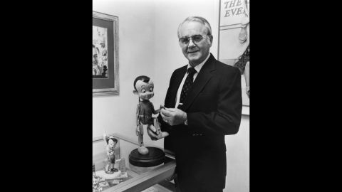 """<a href=""""http://www.cnn.com/2014/07/08/showbiz/pinocchio-voice-actor-dead/index.html"""">Richard Percy Jones</a>, the actor who gave Pinocchio his voice in the 1940 Disney movie, died at his California home on July 8. He was 87."""
