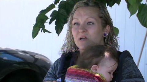 pkg breastfeeding mom at concert_00003411.jpg