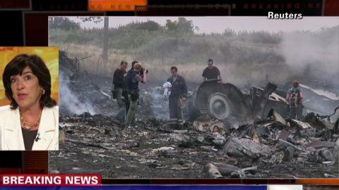 nr amanpour malaysia airlines mh17 crash debris_00005622.jpg