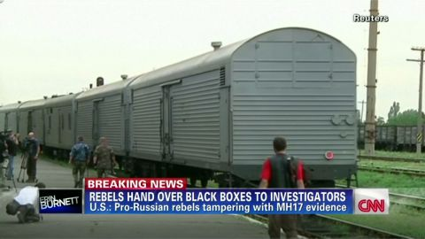 exp erin dnt lah malaysia airlines crash ukraine bodies_00001225.jpg