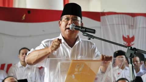 Indonesian presidential candidate Prabowo Subianto delivers his statement prior to the election count announcement in Jakarta on July 22, 2014. Subianto said on July 22 he was withdrawing from the election process, as his opponent Joko Widodo was poised to be declared the winner.