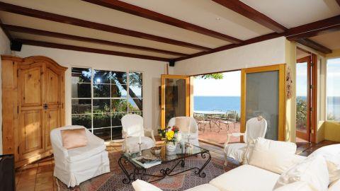 Denzel Washington/Jimmy Page: Malibu, California