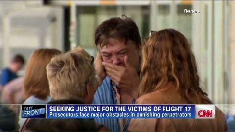erin pkg feyerick seeking justice for mh17 victims_00004226.jpg