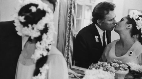 15th March 1964:  Actress Elizabeth Taylor marries her fifth husband Richard Burton (1925-1984) in Montreal.  (Photo by Express/Express/Getty Images)