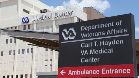 Exterior view of the Veterans Affairs Medical Center on May 8, 2014 in Phoenix, Arizona.