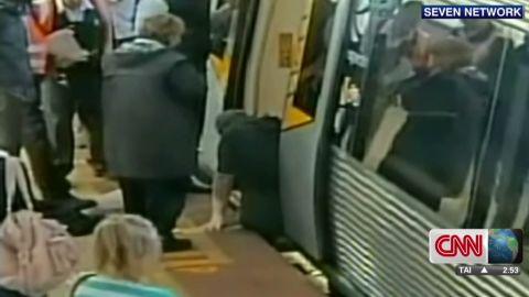 pkg australia train man gets leg stuck _00002814.jpg