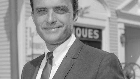 """<a href=""""http://www.cnn.com/2014/08/13/showbiz/obit-actor-ed-nelson/index.html"""">Ed Nelson</a>, best known for playing a doctor in the 1960s nighttime soap opera """"Peyton Place,"""" died on August 13, his family said. He was 85."""