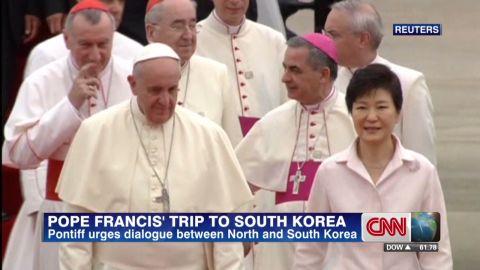 pkg hancocks pope in south korea_00002104.jpg