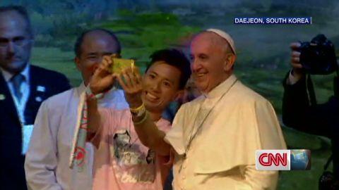 pkg hancocks pope visits korea appeals to youth_00003517.jpg