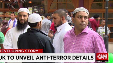 pkg penhaul uk fighting extremism_00021320.jpg