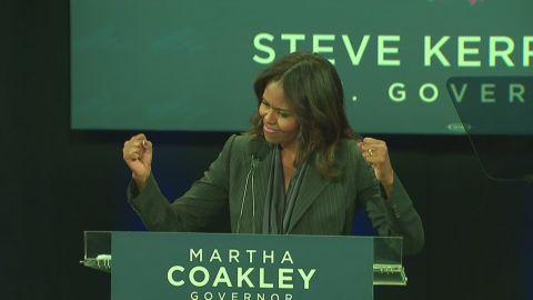 Michelle.obama.22.anniversary_00004617.jpg