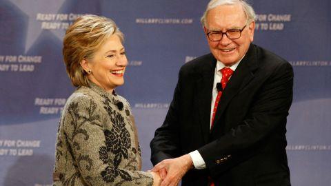 Warren Buffett donated $25,000 to a pro-Hillary Clinton political group