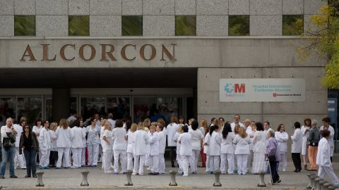 Health workers gather in a protest outside Hospital Fundacion Alcorcon where a Spanish nurse tested positive for the Ebola virus on October 7, 2014 in Alcorcon, near Madrid, Spain.