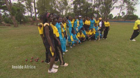 spc inside africa rwanda cricket c_00061124.jpg