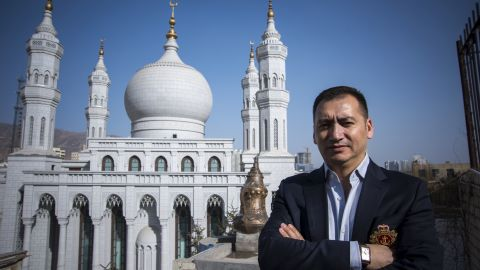 I'm Shaudun Mamat. I'm from Xinjiang. I'm a Uyghur and I'm 42. I lead a research department on Islamic architecture.  I've been the chief designer of major mosques at in Zhejiang and Hainan. This one behind us, the Nanguan mosque of Xinning city in Qinghai, is one of the projects I worked on as chief designer. I've been living in Beijing six years now.