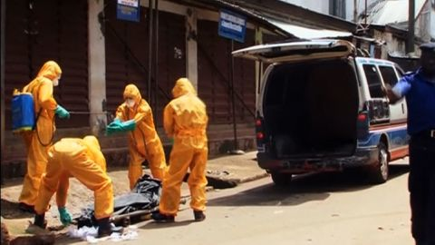 pkg kinkade sierra leone ebola safe burials_00002901.jpg