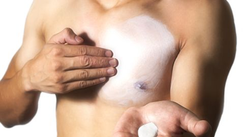 A chemical in sunscreen may cause fertility problems in men, a new study shows.