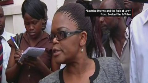 intv vassileva beatrice mtetwa zimbabwe_00001908.jpg