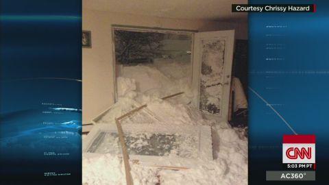 ac bts hazard snow smashes home doors_00001601.jpg