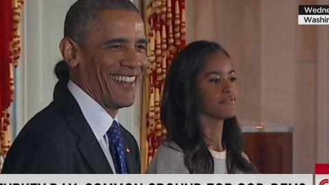 NR Jones Obama daughters turkey pardon_00002006.jpg