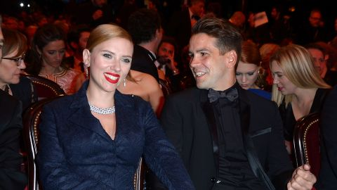 """Scarlett Johansson and French journalist Romain Dauriac were married for more than a month before the rest of the world caught on. According to <a href=""""http://www.gossipcop.com/scarlett-johansson-married-romain-dauriac-montana-wedding-secret/?utm_source=huffingtonpost.com&utm_medium=referral&utm_campaign=pubexchange_article"""" target=""""_blank"""" target=""""_blank"""">Gossip Cop</a>, the couple set off for Philipsburg, Montana, to tie the knot in secret on October 1."""