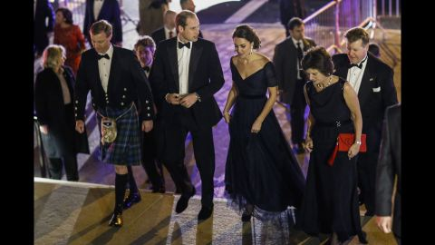 NEW YORK, NY - DECEMBER 09:  Prince William, Duke of Cambridge and Catherine, Duchess of Cambridge arrive at Metropolitan Museum of Art to attend the St. Andrews 600th Anniversary Dinner December 9, 2014 in New York City. The event is created to support scholarships and bursaries for students from under-privileged communities and investment in the university's media and science faculties, sports centers and lectureship in American literature.  (Photo by Eduardo Munoz Alvarez - Pool/Getty Images)