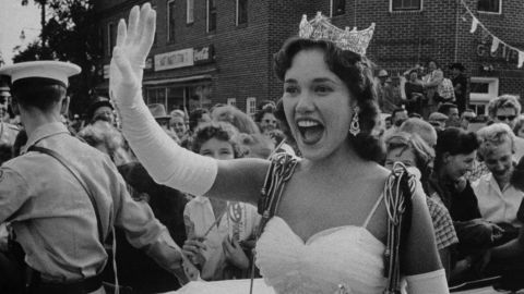 """<a href=""""http://www.cnn.com/2014/12/10/showbiz/mary-ann-mobley-death/index.html"""">Mary Ann Mobley</a>, the first Miss America from Mississippi who turned that achievement into a movie career, died December 10 after battling breast cancer. She was 77."""