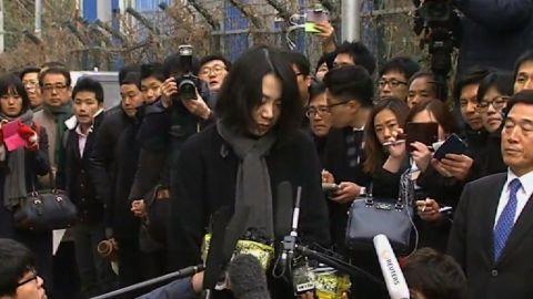 lok stout korea air nutgate executive resigns_00004419.jpg