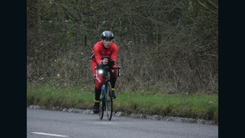 Abraham needs to cycle over 75,000 miles in 2015 to break a 74-year-old record