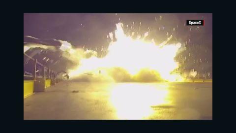 spacex rocket crash landing crane orig mg_00001212.jpg