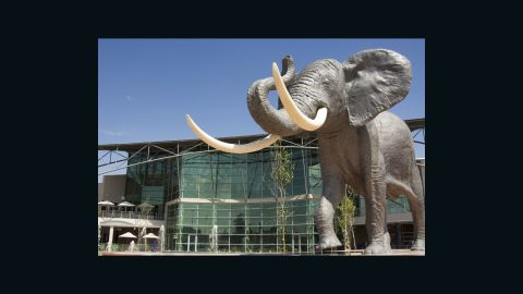With more than 200 stores, the Soweto shopping center, Maponya Mall, was opened in 2007 by Nelson Mandela. It is Soweto's first shopping mall and the first to be blacked-owned.