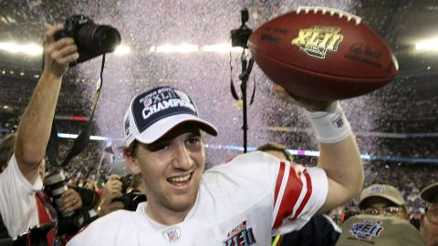 The two-time Super Bowl MVP led the Giants back into the playoffs last season, only to lose at Green Bay. At times Eli Manning has befuddled New Yorkers with error-prone performances, but his legacy is cemented in New York sporting lore. His active 211-game playing streak is third all-time for QBs.