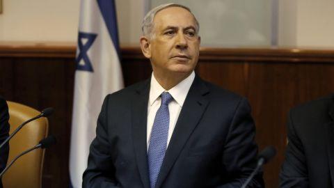 Israel's Prime Minister Benjamin Netanyahu chairs the weekly cabinet meeting in Jerusalem, Sunday, Feb. 1, 2015.