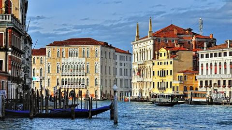 Founded in the 5th century and spread over 118 small islands, Venice is an architectural masterpiece in which even the smallest buildings contain works by some of the world's greatest artists. Italy boasts the most World Heritage Sites of any nation (47).