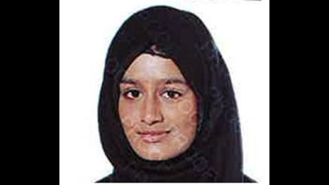 Shamima Begum, who traveled from London to Syria as a 15 year old, wants to return to the UK.