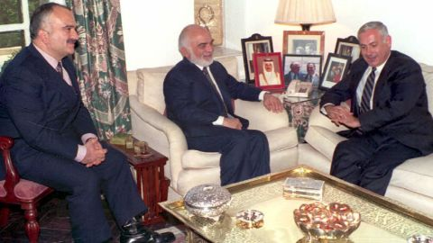 Netanyahu meets with King Hussein of Jordan, center, and Crown Prince Hassan in December 1994. It was Netanyahu's first visit to Jordan.