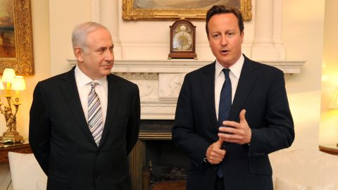 British Prime Minister David Cameron welcomes Netanyahu to 10 Downing Street in London on May 4, 2011.