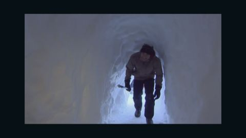 pkg snow tunnel seen around the world_00000025.jpg