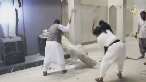 isis destroys iraq mosul artifacts_00000912.jpg