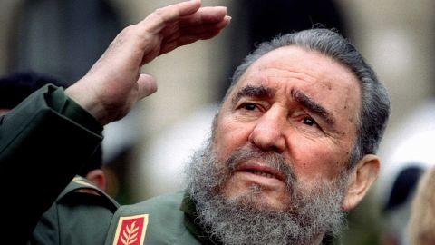 Castro visits Paris in March 1995.