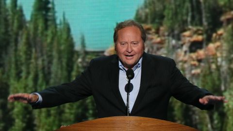 """Brian Schweitzer: When asked by Time if he would be a better candidate for president than Clinton: """"Well, I think so, of course. I think I have a background and a resume that isn't just in government."""""""
