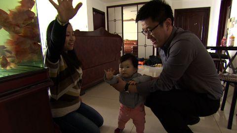 pkg mckenzie china one child crisis_00013609.jpg