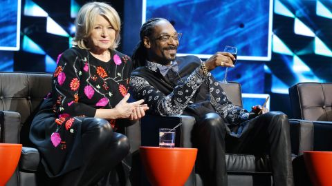 """Martha Stewart and Snoop Dogg kicked it onstage during the Comedy Central Roast of Justin Bieber in March2015. The pair go way back and <a href=""""https://www.youtube.com/watch?v=-Ocre0kXgvg"""" target=""""_blank"""" target=""""_blank"""">enjoyed cooking together</a> so much that they launched """"Martha & Snoop's Potluck Dinner Party"""" on VH1 in 2016."""