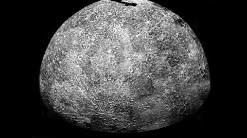 """Mercury is the closest planet to the sun and very hot, but its polar regions may have <a href=""""http://www.nasa.gov/home/hqnews/2012/nov/HQ_12-411_Mercury_Ice.html"""" target=""""_blank"""" target=""""_blank"""">water ice and other frozen volatile materials</a>, according to NASA studies."""