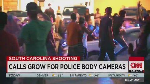 Senator discusses police officers wearing body cameras_00000000.jpg