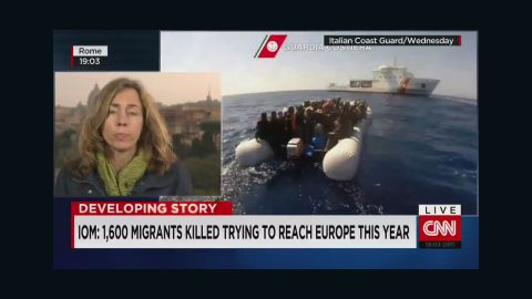 idesk vo italy migrant boat capsizes_00013407.jpg